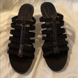Donald J. Pliner black shoes. EUC